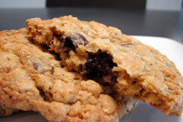 chocolate oatmeal chip cookies